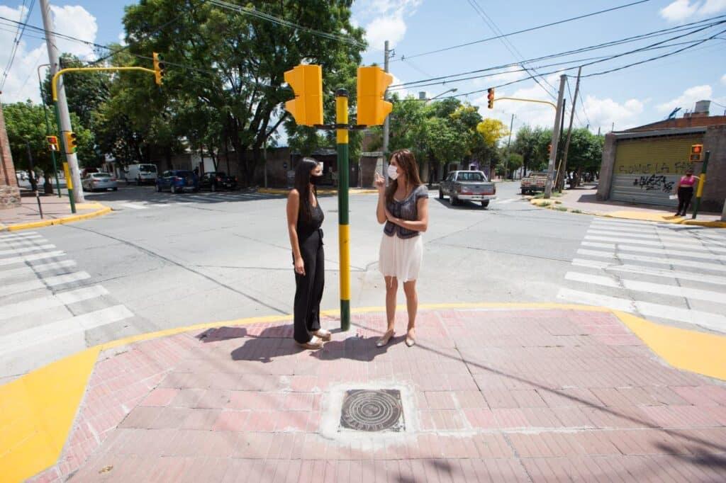 Seguridad vial: la Municipalidad habilita nuevos semáforos